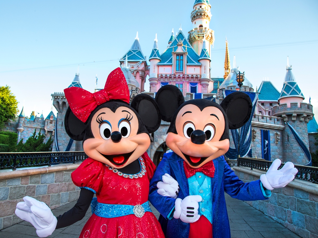 Mickey-Minnie-Mouse-Disneyland-Diamond-Celebration.jpg